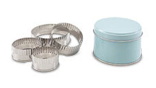 Retro Pastry Cutter Set