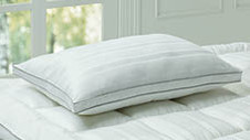 Deluxe Pillow with a Touch of Silk