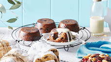 Specially Selected Mini Christmas Puddings 4pk/400g