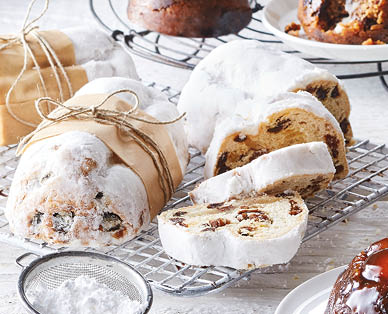 Specially Selected Luxury Mini Stollen 200g