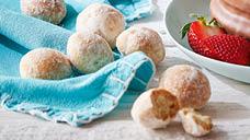 Specially Selected Almond Shortbread Balls 120g